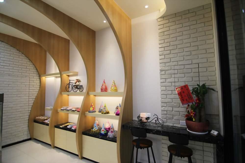 高雄店面設計、高雄店面裝潢 - 仟鎰室內設計