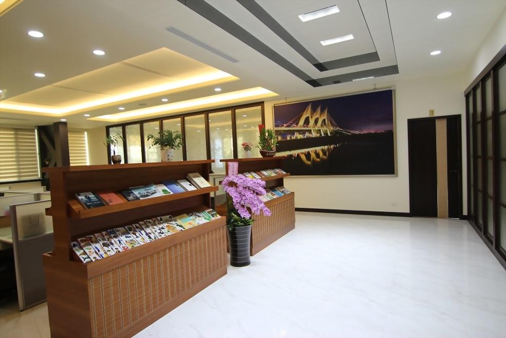 海冠商業空間-員工辦室