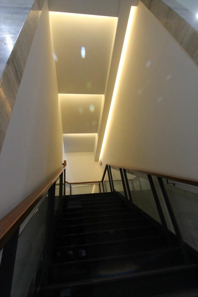 海冠商業空間-樓梯