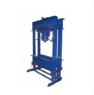 3. Manual Hydraulic-Press
