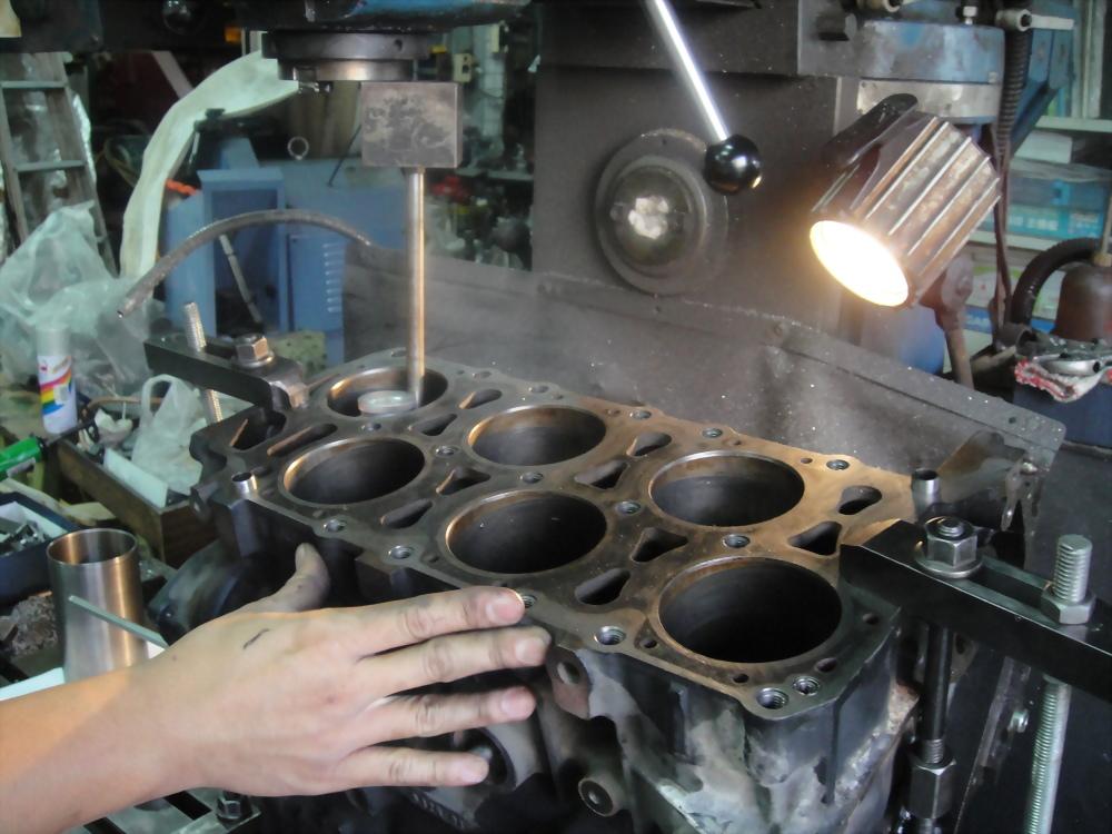 2011.11.13福斯VR6引擎大修