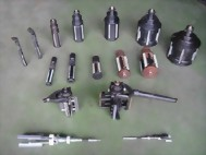 8. 汽缸磨缸机用磨缸头