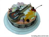 吉他造型蛋糕