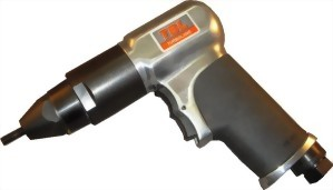 M8 Heavy Duty Air Pull Setter.