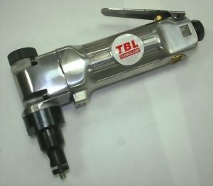 Air Pull Type Nibbler