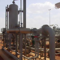 原油計量撬座 組成:兩相分離器用