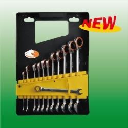 V-Groove& Spline Ratchet Wrench Set