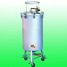 120 LITER STAINLESS STEEL PRESSURE POTS; BOTTOM FLUID  OUTLET