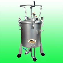 20 LITER STAINLESS STEEL PRESSURE POTS; MANUAL AGITATOR ;BOTTOM OUTLET