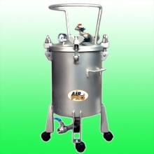 50 LITER STAINLESS STEEL PRESSURE POTS; BOTTOM OUTLET