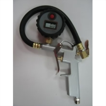 DIGITAL AIR INFLATOR W GAUGE
