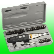 "TORQUE SCREWDRIVER w/ 1/4"" Dr. 28pcs Bits"