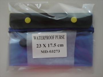 09-WATERPROOF PURSE