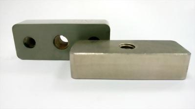 白鐵橡膠塊.S.S 304