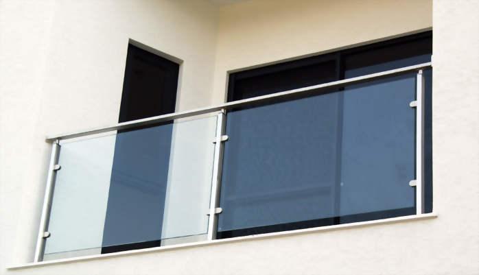 陽台玻璃欄杆