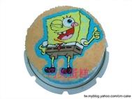 眨眼睛的海綿寶寶造型蛋糕