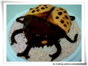 甲蟲造形蛋糕
