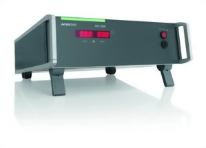 Auxiliary DC voltage source for automotive testing