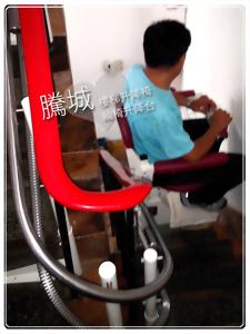 台中U型180度樓梯電動椅
