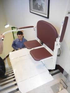 雙人及輪椅兩用電動升降平台-台南