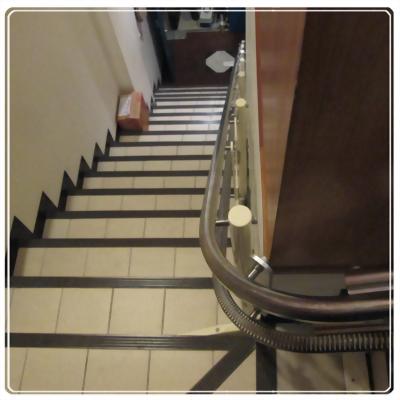 無障礙升降椅實心軌道