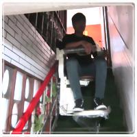 側坐型樓梯升降椅