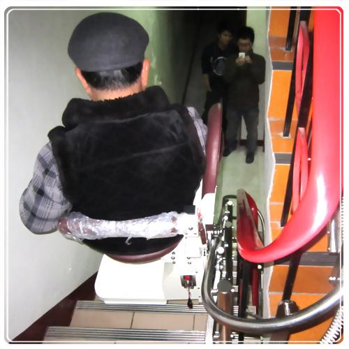 騰城樓梯升降椅-新竹東區呂家
