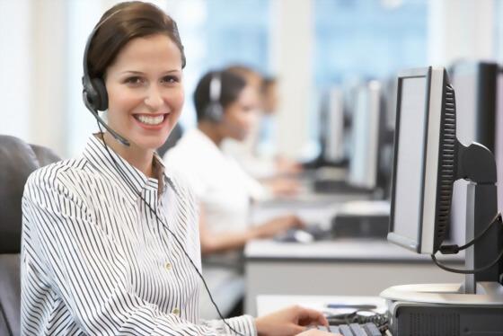 商業溝通文憑課程+帶薪實習(50週)