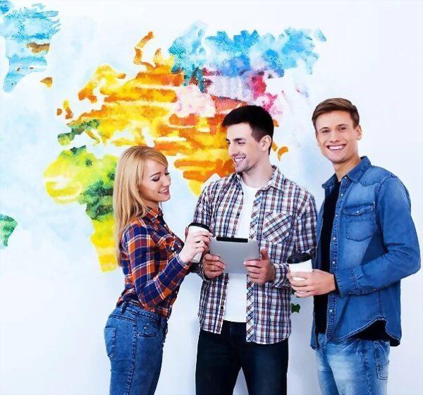 商務溝通+旅遊及飯店要領文憑課程+帶薪實習