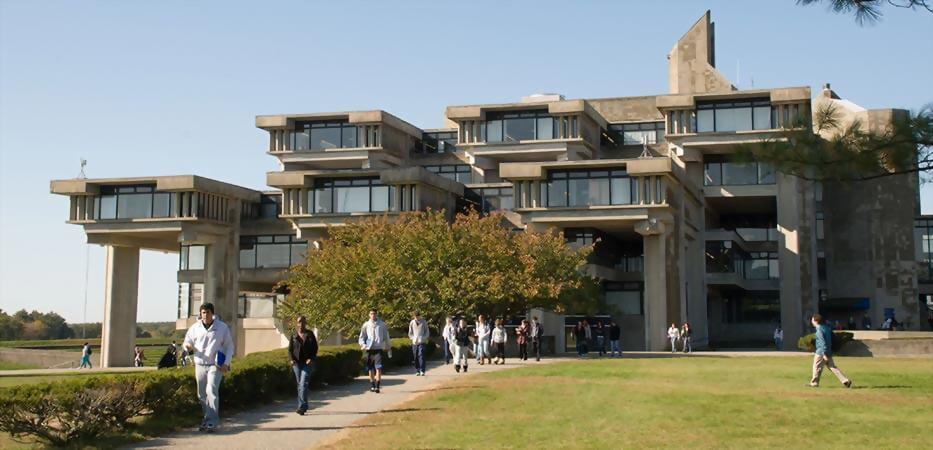 麻州大學達特茅斯分校 University of Massachusetts Dartmouth