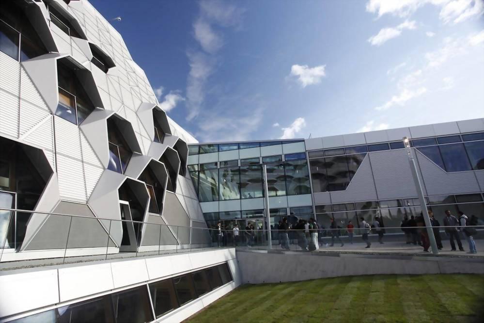 考文垂大學 Coventry University