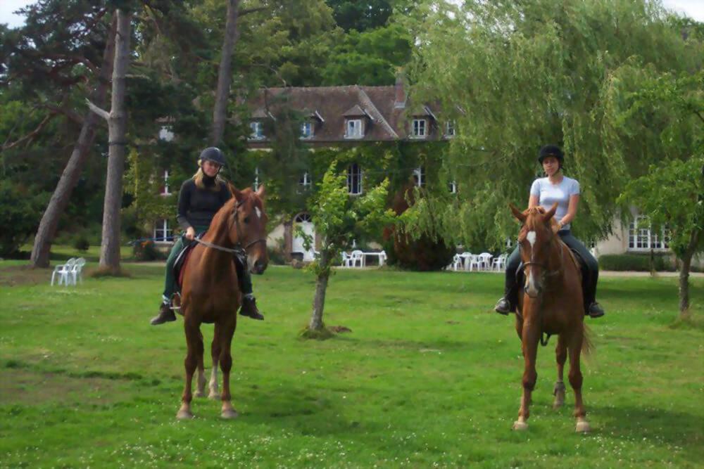 2019 法語/英語-騎馬課程 French/English-Horse Riding