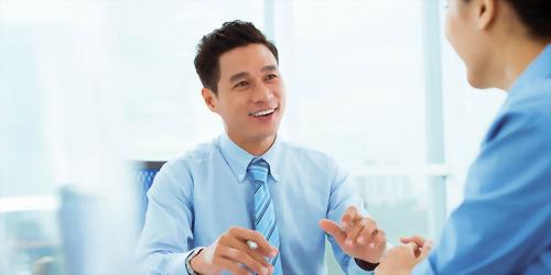 國際商業管理文憑課程+帶薪實習(50週)