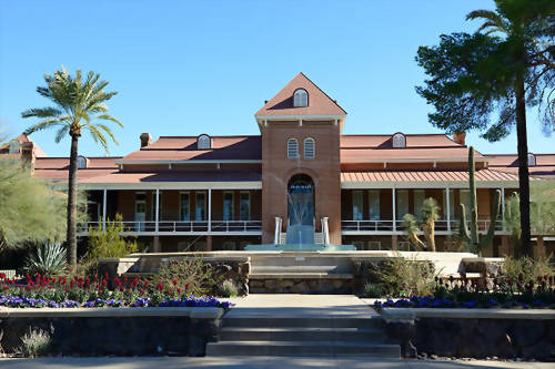 亞利桑那大學 University of Arizona