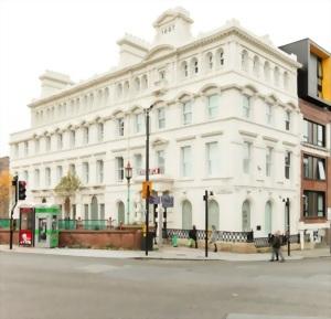 利物浦約翰摩爾斯大學(Liverpool John Moores University,ISC)