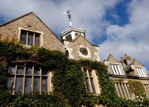 法律大學  (The University of Law, ISC)