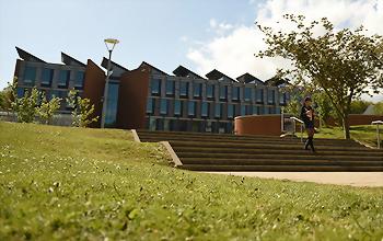 蘇賽克斯大學 (University of Sussex,ISC)