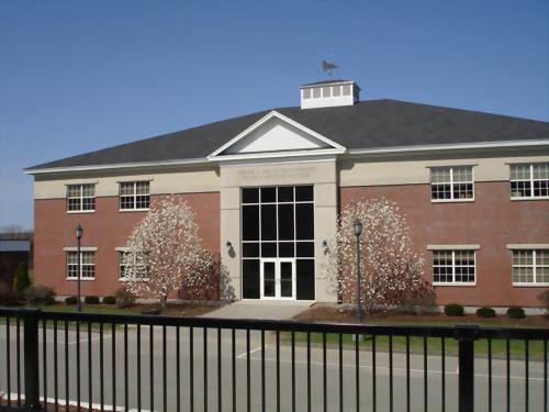 Maine Central Institute 緬因中央高中