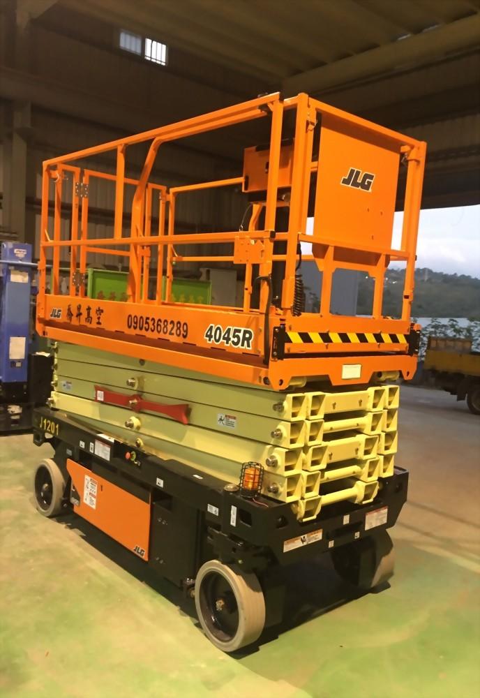 12米剪刀式高空作業車
