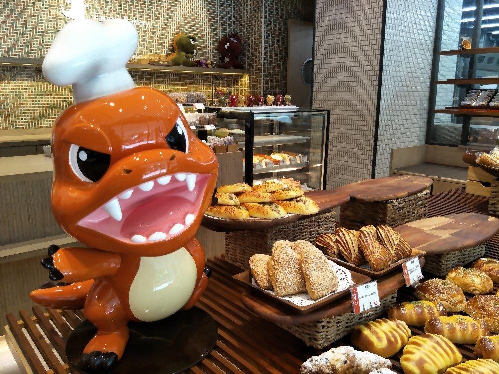 FRP دمية كبيرة - Fawmi الخبز ورشة 6