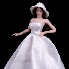 6分之1婚紗人偶 3