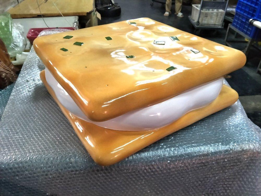FRP牛軋餅模型 2
