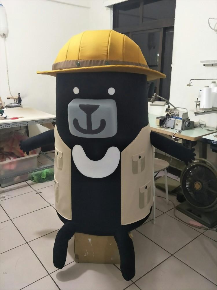 大型絨毛玩偶製作-臺灣吧-黑啤 | 巧匠工藝 2