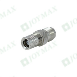 Adapter SMA Female Reverse Polarity to SMR Male