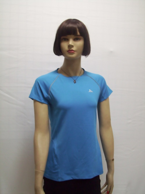 女性運動休閒T恤