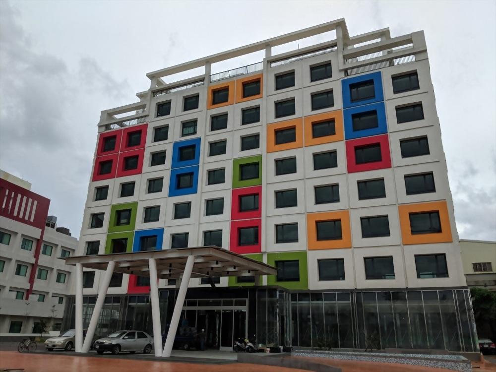 台南市南科贊美酒店
