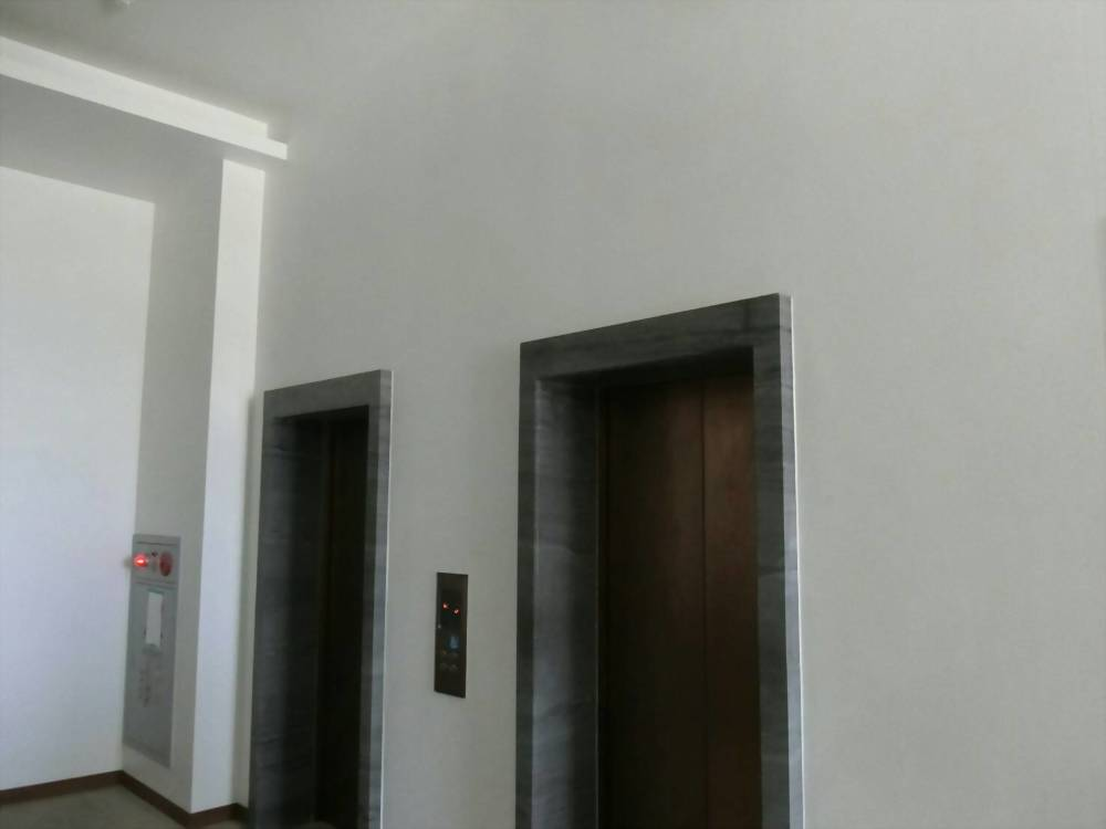高雄鳳山佛教蓮社廊道、梯廳