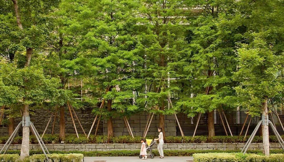 寶輝花園廣場