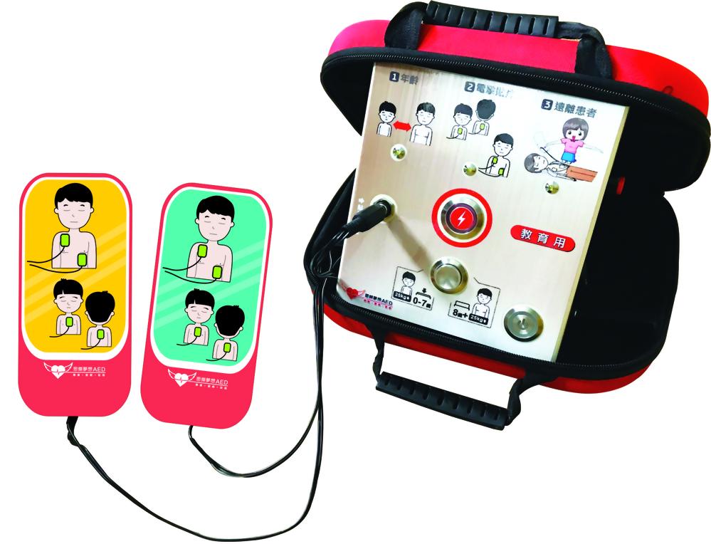 AED訓練用學習機