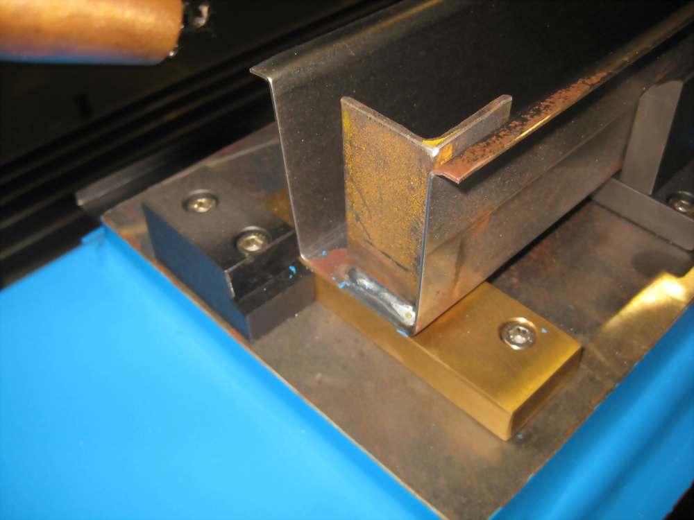 CO2雙4等份(焊棧板腳架)